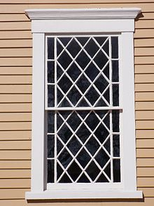 Description: http://upload.wikimedia.org/wikipedia/commons/thumb/3/34/OldShipWindow.jpg/220px-OldShipWindow.jpg